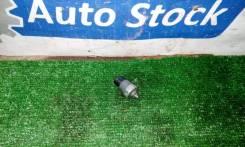 Датчик давления масла (Двс) Toyota Mark 2 [8353028020] JZX110 1JZ-FSE