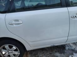 Дверь правая задняя цвет 070 Toyota Prius NHW20.