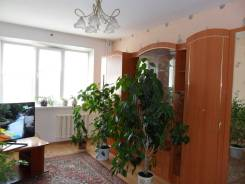 2-комнатная, улица Нейбута 12. 64, 71 микрорайоны, агентство, 50,0кв.м. Комната
