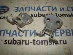 Петли двери FR Forester SG5 2002 [61220FA000] 61220FA000