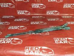Амортизатор задней двери Toyota Avensis 2006 AZT255-0006629 1AZ