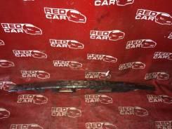 Накладка 5-й двери Toyota Wish 2003 ZNE14-0009952 1ZZ-1440097