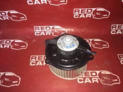 Мотор печки Mazda Proceed Marvie 1996 UVL6R-101536 WL