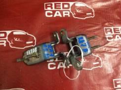 Петля двери Honda Odyssey RA7, задняя правая