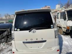 Дверь багажника белая (042) Toyota Voxy AZR65 124000km