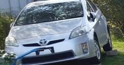 Фара Правая Toyota prius 30