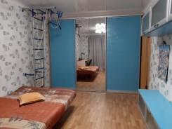 2-комнатная, улица Краснореченская 157а. Индустриальный, частное лицо, 70,0кв.м.