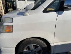 Крыло переднее левое белое (042) Toyota Voxy AZR65 124000km