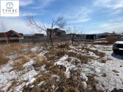 Продается большой земельный участок с Фундаментом и ТЕХ. условиями. 1 360кв.м., собственность, электричество, вода. Фото участка