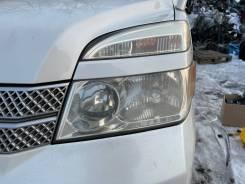 Фара левая Toyota Voxy AZR65 124000km