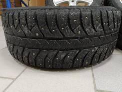 Bridgestone Ice Cruiser. зимние, шипованные, б/у, износ 30%