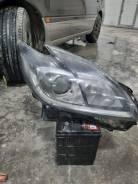Фара на Toyota Prius ZWV30, правая(оригинал)