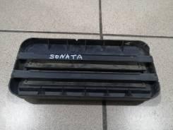 Клапан вентиляции багажника Hyundai Sonata 2004 года 9751038010