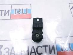 Крепление радиатора кондиционера Toyota Kluger MCU25W