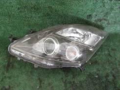 Продам Фара Toyota Isis, Левая ANM10G 44-69