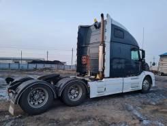 Volvo. Седельный тягач Вольво VNL, 15 000куб. см., 18 000кг., 6x4