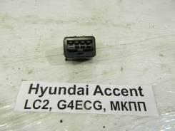 Реле стеклоочистителей Hyundai Accent Hyundai Accent 2005 9542033000