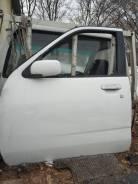 Дверь Nissan CUBE