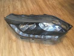 Фара правая Honda Vezel 100-62164
