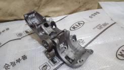 Кронштейн крепления генератора Nissan Almera 2012-2019 [1171000Q0A] 1171000Q0A