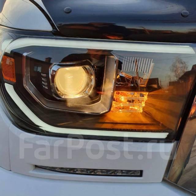 Фары эксклюзив USA TRD Toyota Tundra-Sequoia 2007-2013 R+L