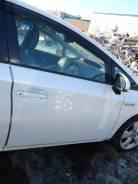 Дверь передняя правая Toyota Prius ZVW30 2ZR-FXE 2012 белый перламутр