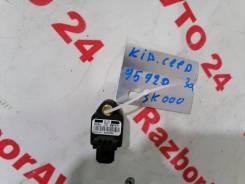 Датчик airbag Kia Ceed 2011 [959203K000] ED G4FC