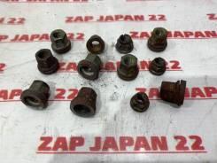 Гайка крепления коллектора Toyota Lite Ace 1995 [9017910051] YR21 3YEU