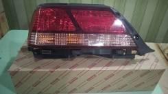 Фонарь левый Toyota Cresta 98-01г 81561-2A050 новый оригинальный