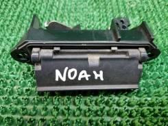 Ручка багажника Toyota Noah [6902313010]