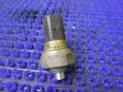 Датчик радиатора кондиционера Hyundai Starex A1 D4CB 2006 год 977523A000