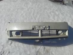 Продам передний бампер на Nissan Wingroad y11
