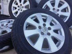 Оригинальные литые диски Toyota на шинах Goodyear 215/60R16