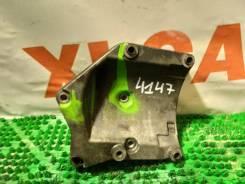 Крепление компрессора кондиционера Ssangyong Rexton [6612304839] GAB OM602 6612304839