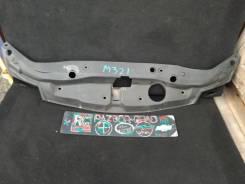 Накладка замка капота Honda Civic 2006 [71125SMGE020E120] 5D 71125SMGE020E120