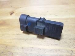Датчик давление во впускном газопроводе Renault Megane 2 [8200105165]