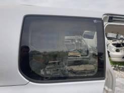 Форточка багажника Toyota Voxy 2008 [62710-28420], правая задняя