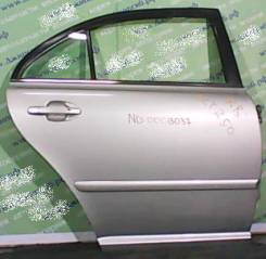 Дверь боковая Toyota Avensis T25# задняя правая