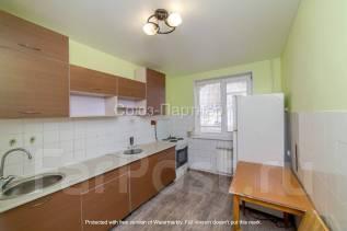 2-комнатная, улица Сабанеева 15. Баляева, агентство, 50,0кв.м.