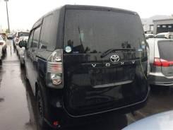 Стекло собачника Toyota VOXY, левое
