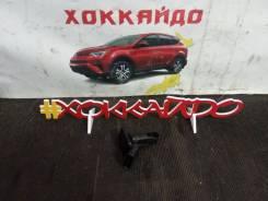 Датчик расхода воздуха Toyota Mark X