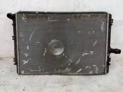 Радиатор охлаждения Volkswagen Passat