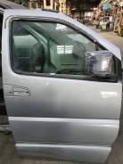 Дверь передняя правая Elgrand AVWE50