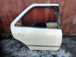 Дверь боковая задняя правая Toyota Mark 2 Qualis