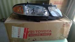 Фара правая Toyota Estima Emina, Lucida 92-99г 81133-28280 новая ориг