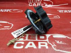Крепление запаски Toyota