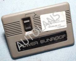 Блок кнопок управления люком Mitsubishi Pajero 2 [MB769252, MB487961]
