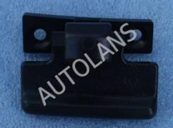 Ручка бардачка верхней крышки Mitsubishi Pajero 4 [MR532555, MR532555]