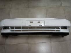 Бампер передний Toyota Camry SV 30