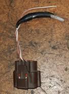 Фишка датчика расхода воздуха Nissan 22680-70F05
